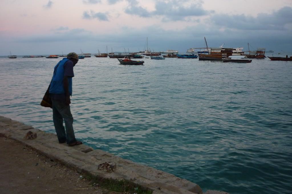 Port tuż przed wschodem słońca, 2012 r.