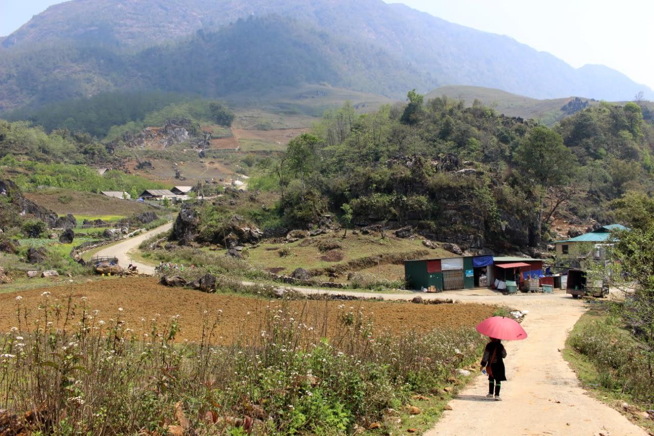 Tom Tom i widok na okoliczne góry, Wietnam.